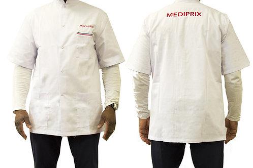 Homme / Gilles / blouse blanche / fermeture blanche / simple