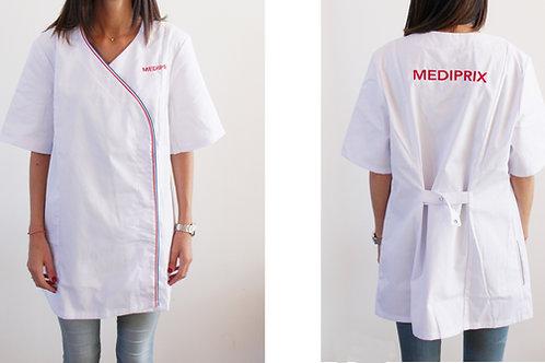 Femme / Laura / blouse blanche / bleu blanc rouge