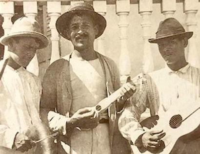 Musicos nativos circa 1899 Ponce Beckwith 2.jpg