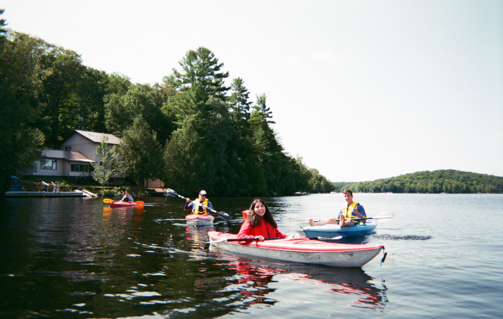 kayak-with-the-family.jpg