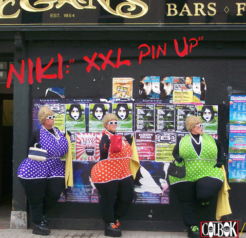 Niki Pin Up