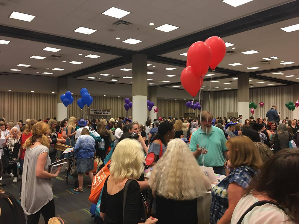 There was an awesome crowd at the FAN-tastic Day Party.