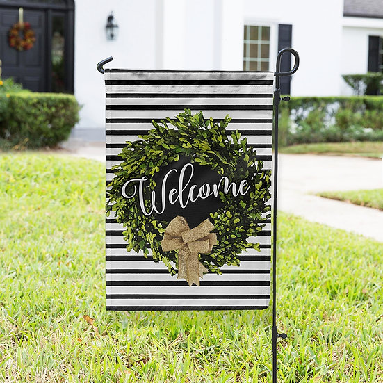 WELCOME BOXWOOD WREATH DOUBLE-SIDED GARDEN FLAG AND FLAG HOLDER SET