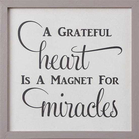 A GRATEFUL HEART WALL ART