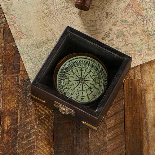 COMPASS LENS IN BOX