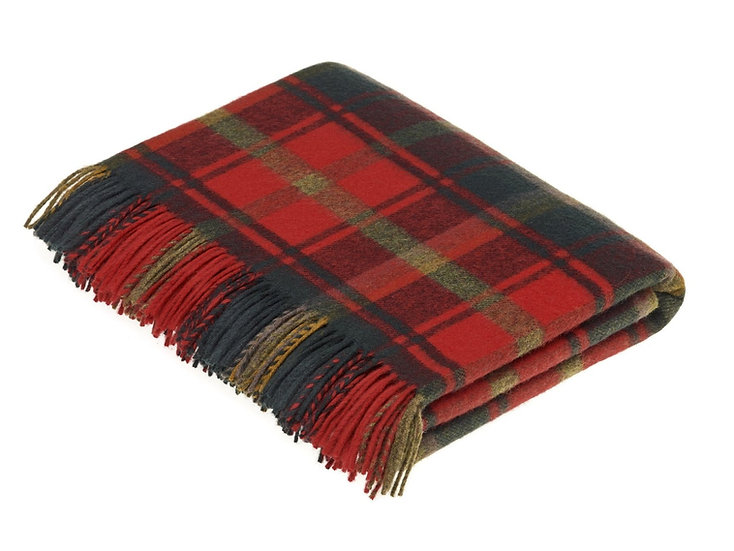 DARK MAPLE TARTAN THROW