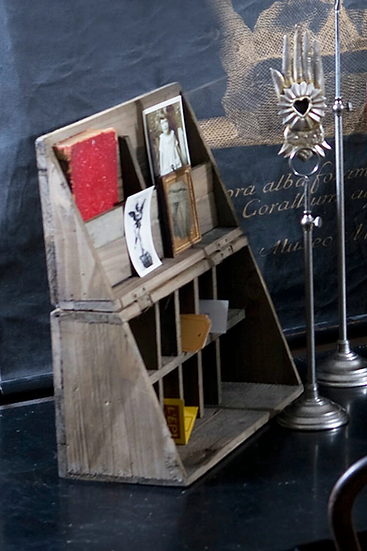 RECYCLED-WOOD FOLDING DESK CADDY
