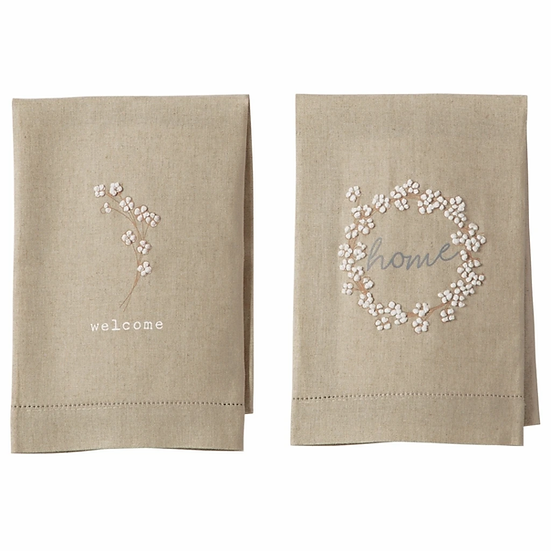 MUD PIE FRENCH KNOT WELCOME HAND TOWEL