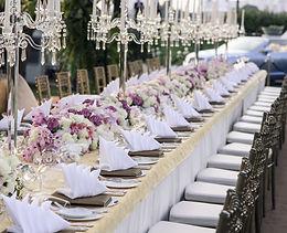 The elegant dinner table..jpg
