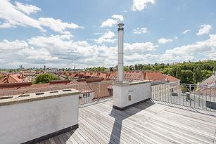 Sonnige Dachterrasse.jpg