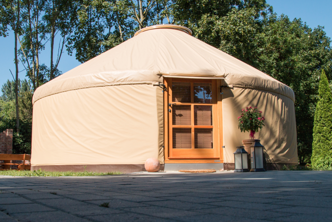 Yurt to stay - Germany, Herbsleben