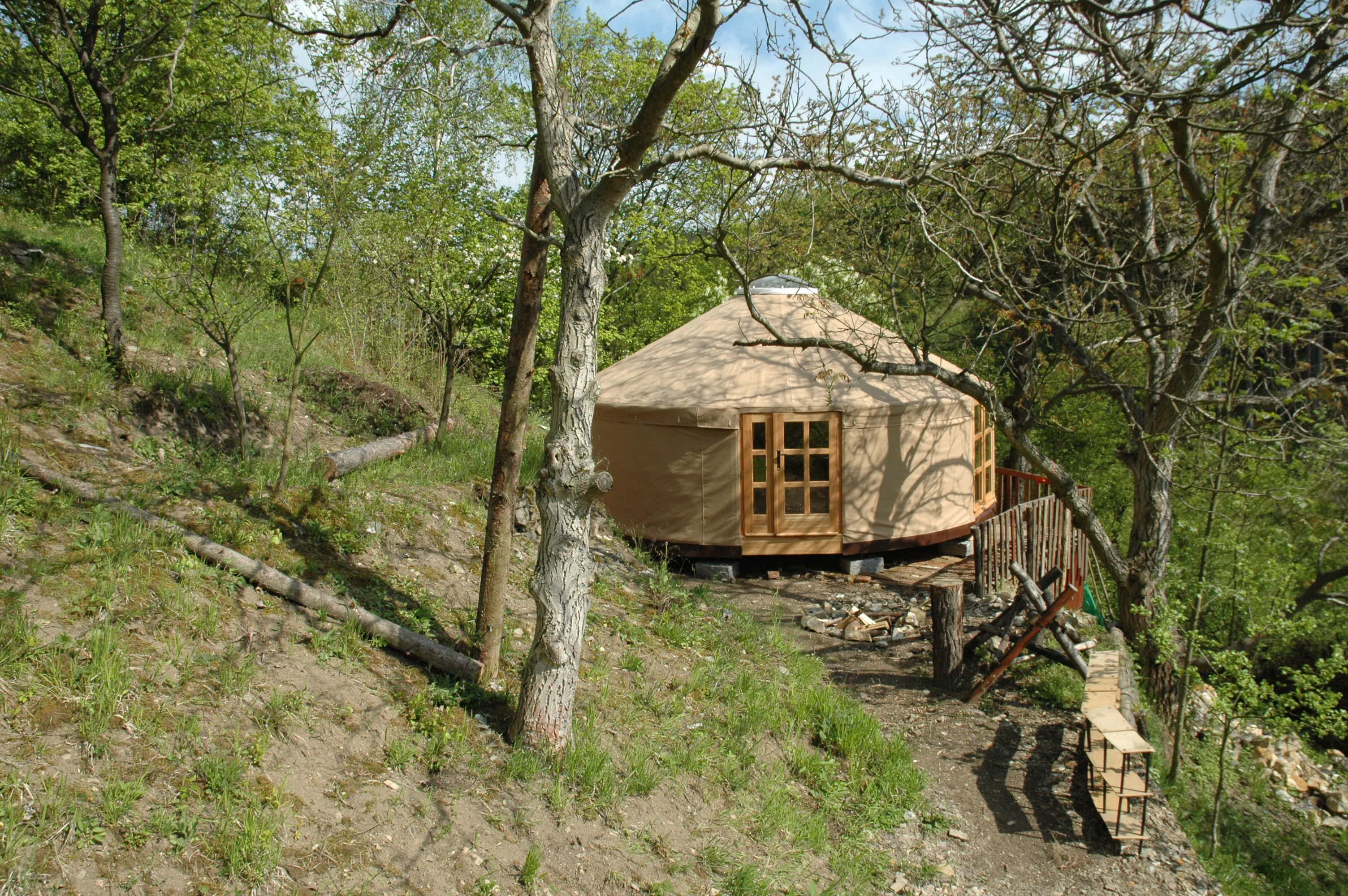 yurt for a therap. treatments