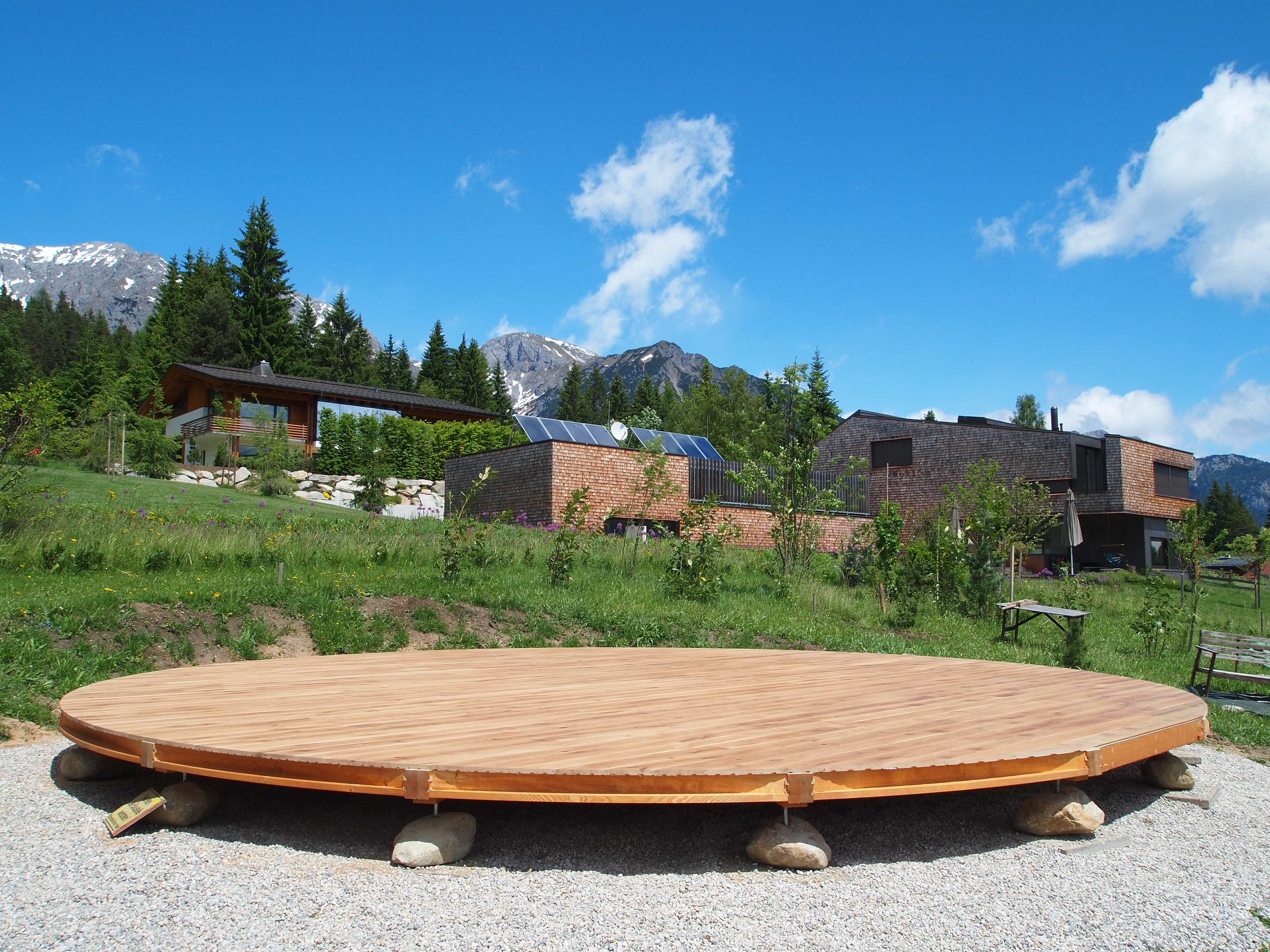 800cm platform - Austria