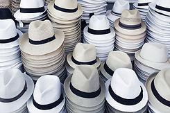 sombreros apilados
