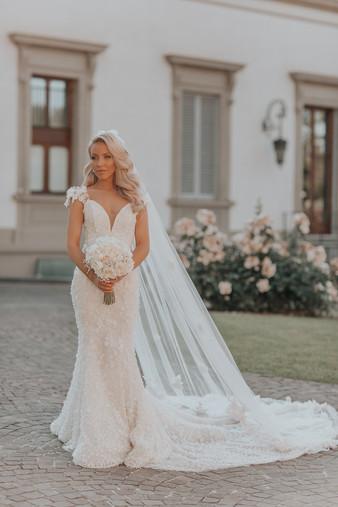 Bespoke 3D Flower Bridal Veil