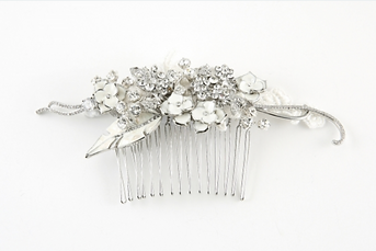 Sweeping Crystal Hair Comb