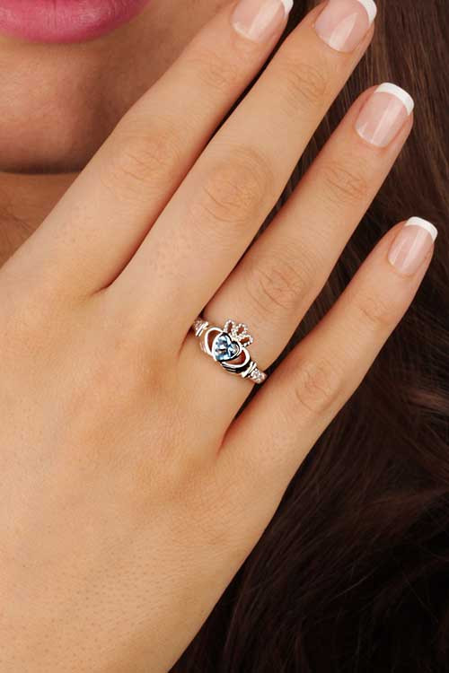 Claddagh Ring on Hand meaning