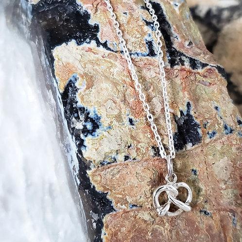Leni Pretzel Pendant & Chain