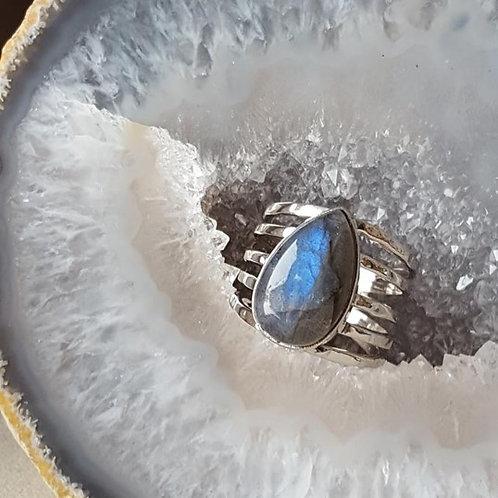 Constance Labradorite Ring