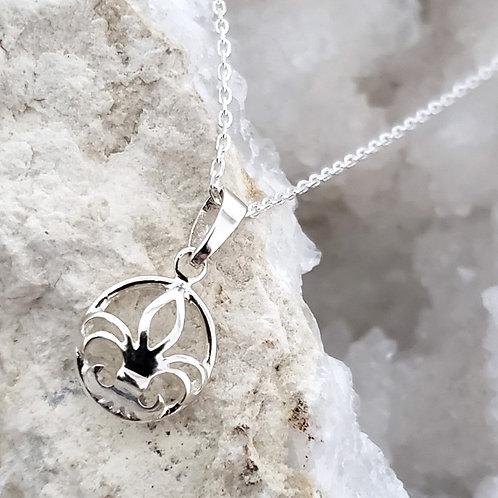 Anais Fleur De Lis Pendant & Chain
