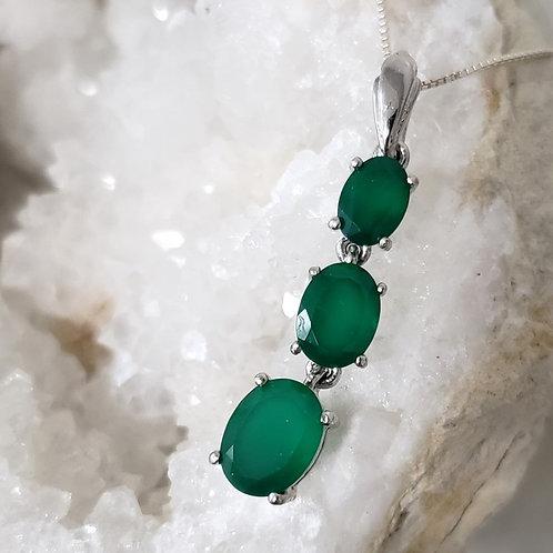 Mariska Pendant & Chain - Green Onyx