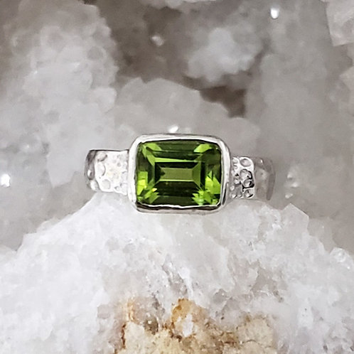 Cara Peridot Ring