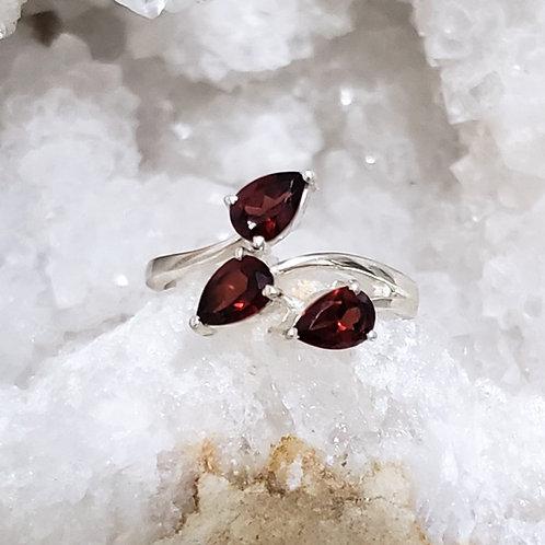 Dina Garnet Ring