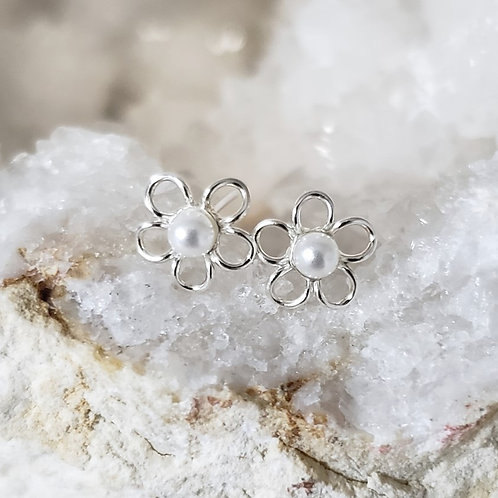 Whirly Pearly Earrings