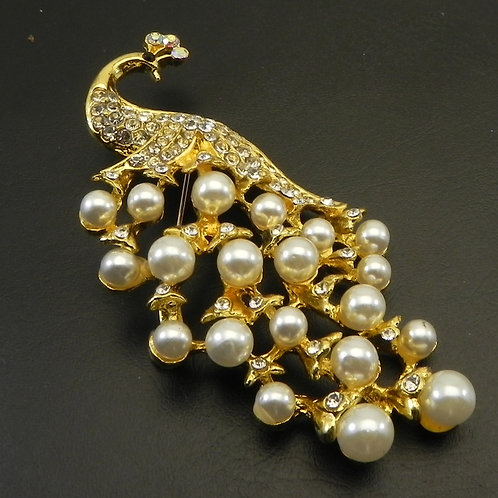 Beautifully Elegant  Peacock Gold Tone Faux Pearl & Crystals Brooch