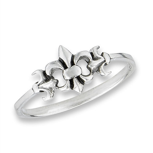 Sterling Silver Very-Very Delicate  Sterling Silver Fleur De Lis Ring Size 7