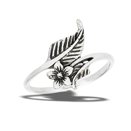 Sterling Silver Dainty-Petite Flower And Leaves Ring Size 7