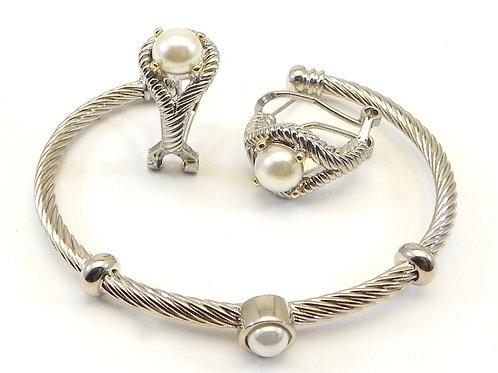 Delicate Designer Inspired 2-Tone Simulated Peal Earring & Bracelet Set