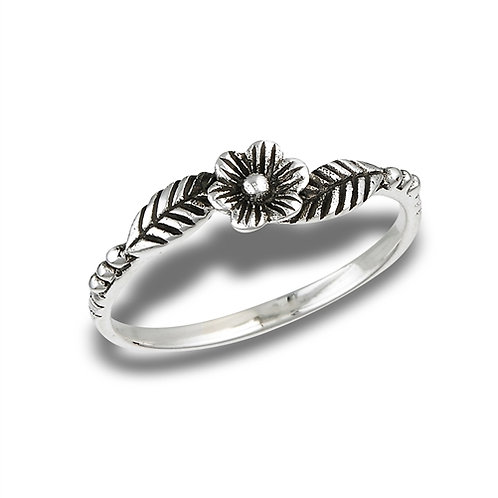 Sterling Silver Very Delicate Flower With Leaves Ring Size 7