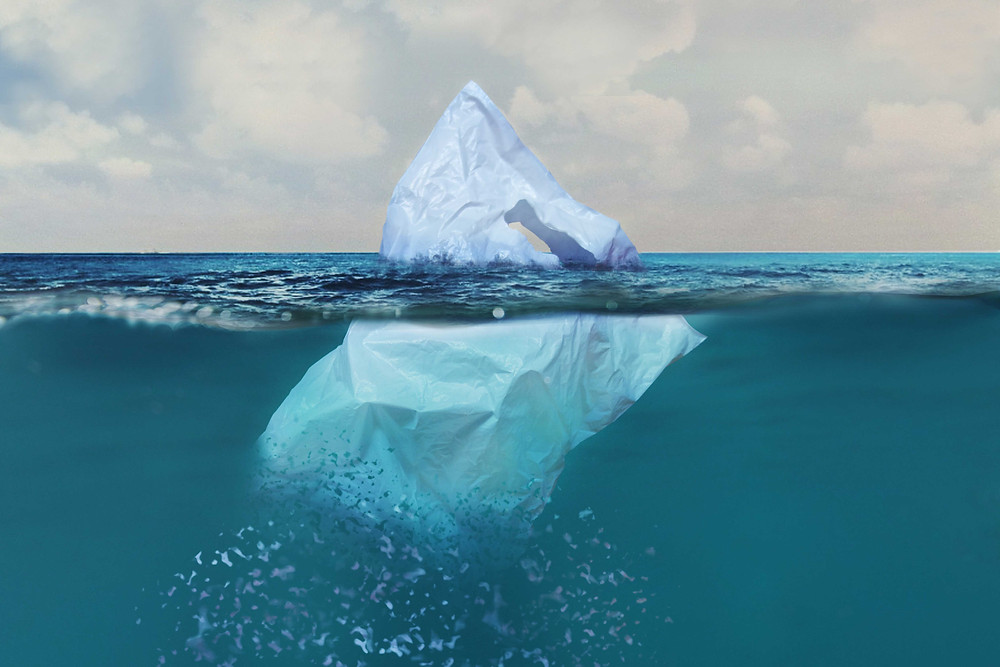 Eisberg oder Plastiktüte?