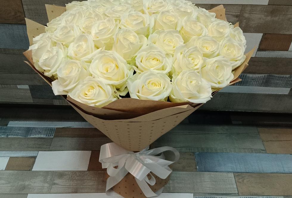Белые розы 51шт.