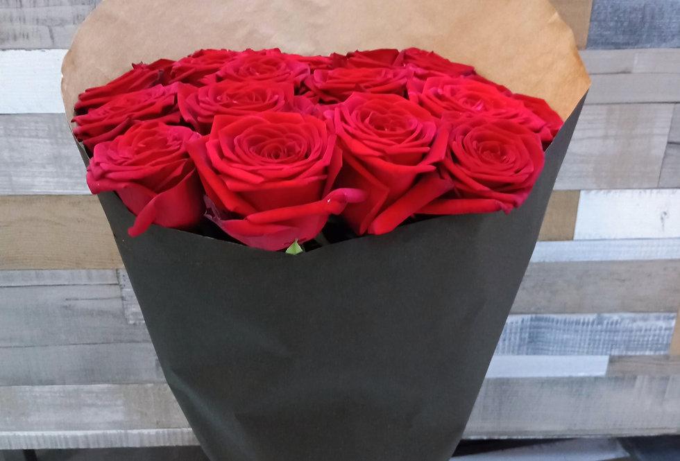 Бордовая роза 21шт