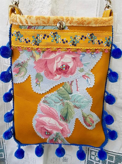 Olivia - Small Handbag