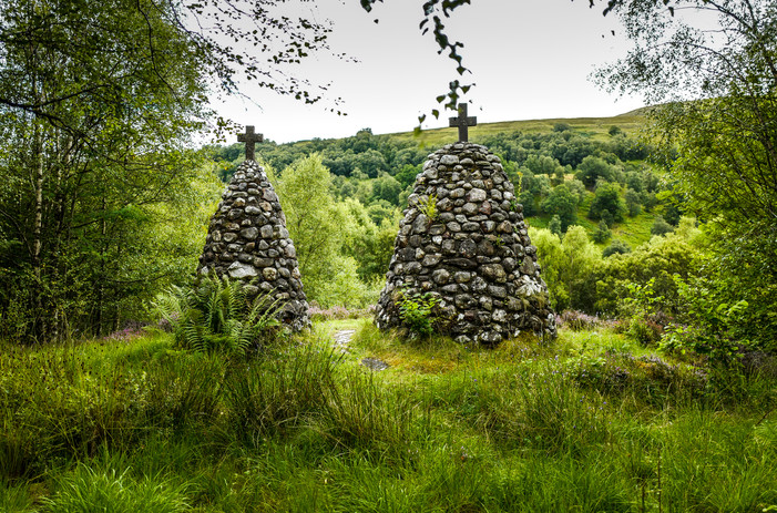 Stone Cairns, Cille Choirill