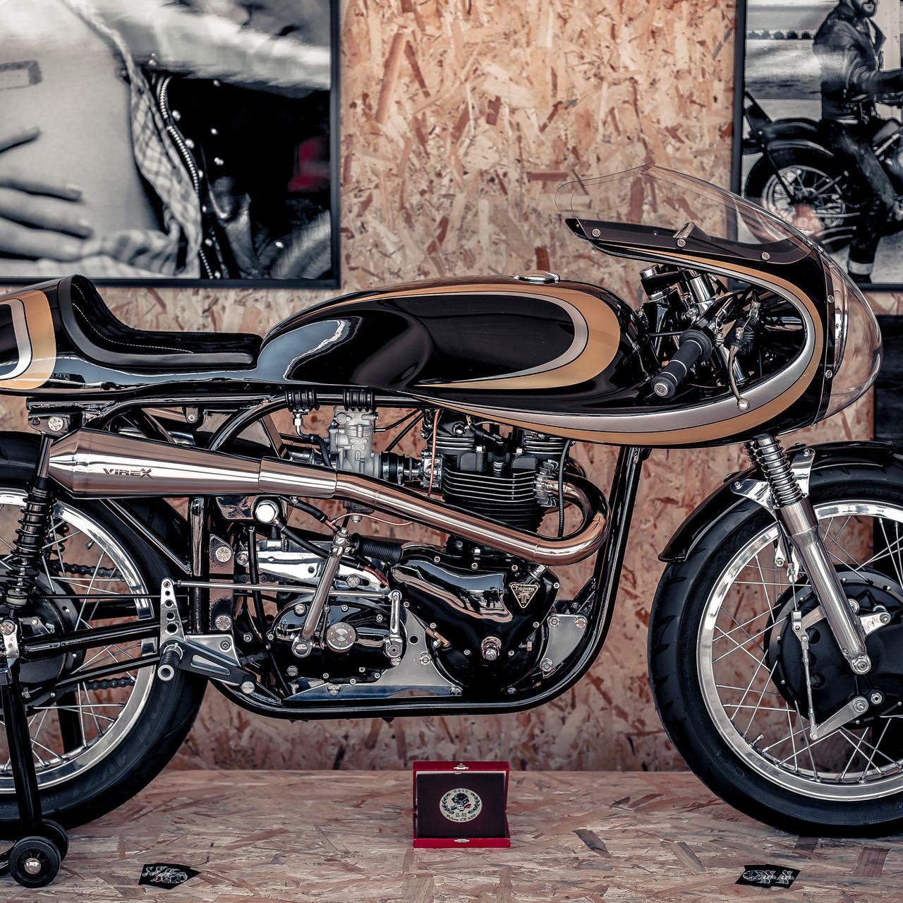 Moto racer motarde