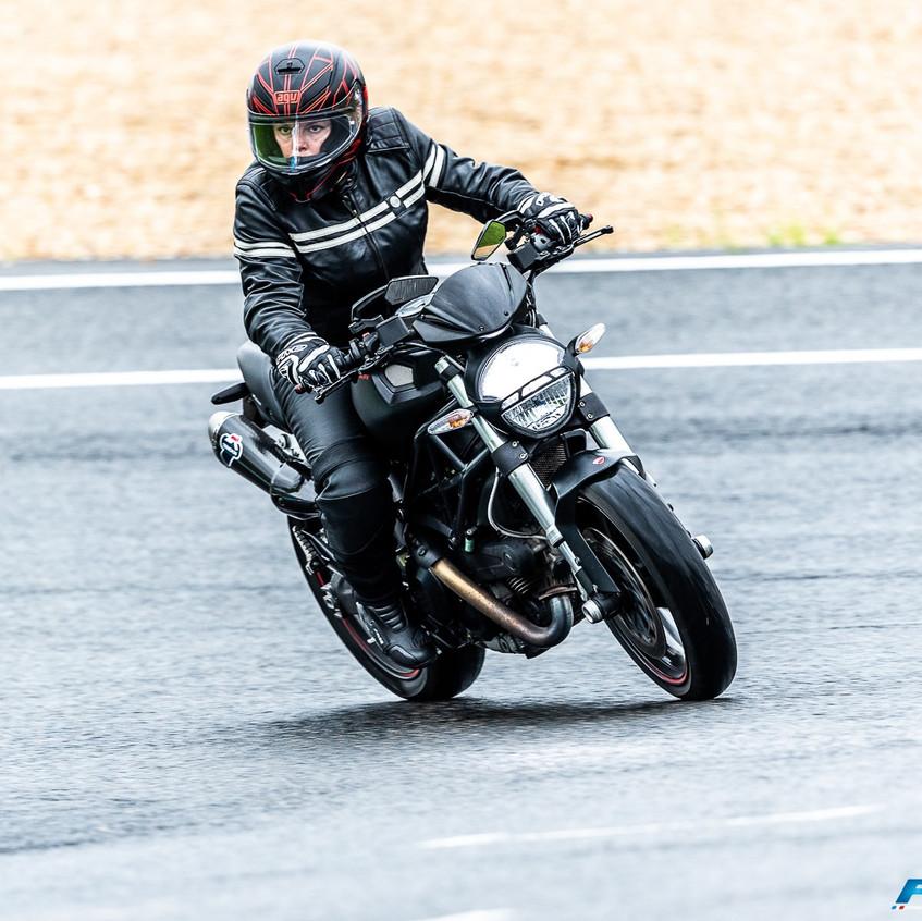 fille blog moto