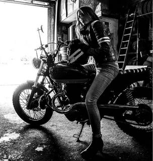 Avoir une moto unique, c'est quand même plus chic !