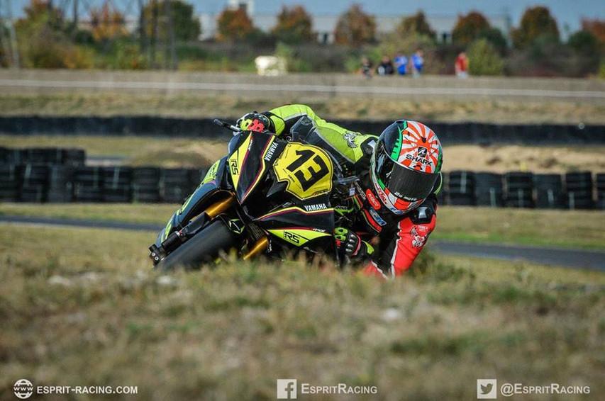 circuit moto femme