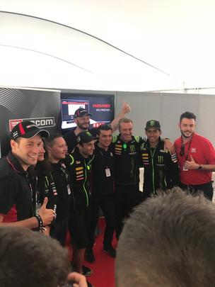 Au coeur des loges Yamaha Tech-3 pour le GP de France