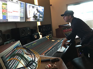 Francesco Chiari produciendo