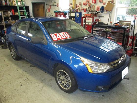 2010 Ford Focus $9450