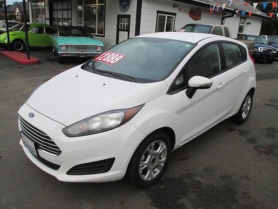 2014 Ford Fiesta $12,900