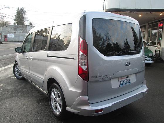 2016 Ford Transit Xlt LWB - $19,200