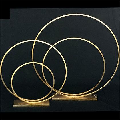 MEDIUM ROUND GOLD RING CENTERPIECES
