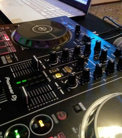 DJs RST