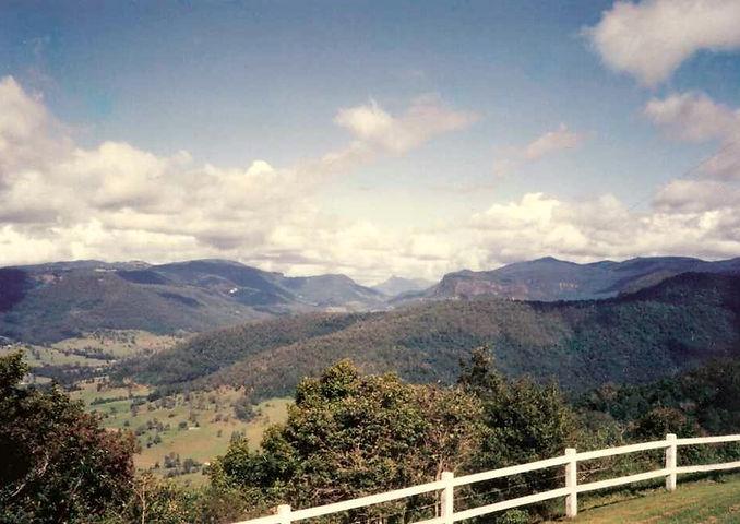 Rosin's_Lookout_Beechmont_Queensland.jpe
